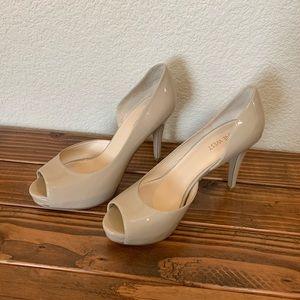 8.5 Nine West D'orsay Cream Platform Heels
